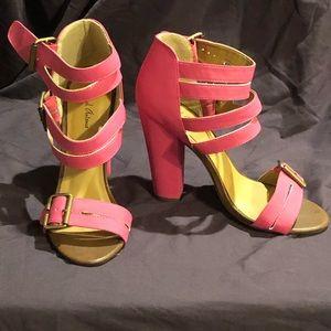 Chunky heels, never worn!